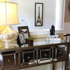Contemporary Entry by Accoutrements Décor, Designs by Leasa Wright