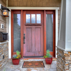 Craftsman Entry by LuAnn Development, Inc.