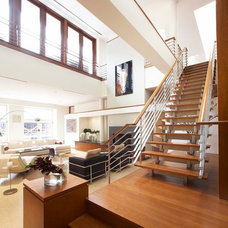 Contemporary Entry by Zivkovic Connolly Architects