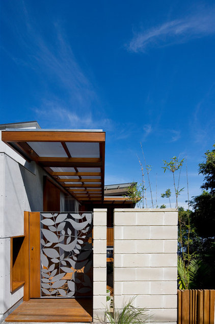 Contemporary Entry by Watershed Design