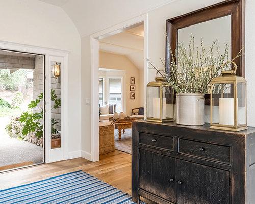 porte d 39 entr e campagne photos et id es d co de portes d 39 entr e de maison ou d 39 appartement. Black Bedroom Furniture Sets. Home Design Ideas