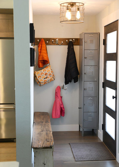 Transitional Entry by 328 Design Group