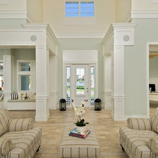 Traditional Entry by Sunset Builders of South West Florida, Inc.