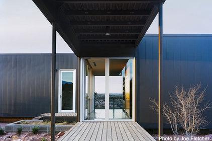 Modern Entry by Marmol Radziner