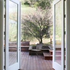 Transitional Entry by Schwartz and Architecture