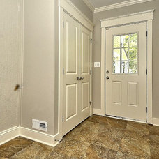 Craftsman Entry by Baldwin Homes, Inc.