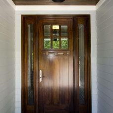Traditional Entry by plantation building corp