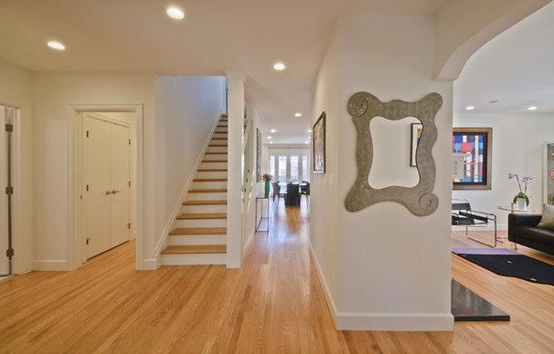 Modern Entry by Lauren King Interior Design