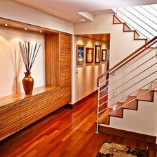 Contemporary Entry by Sennikoff Architects