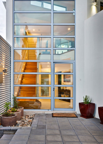 Contemporary Entry by McGlone Homes