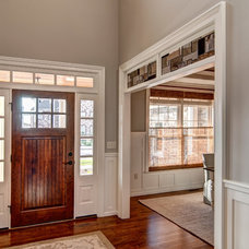 Traditional Entry by Farinelli Construction Inc