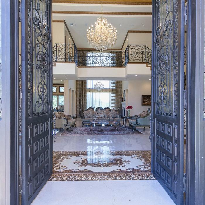 Mediterranean Home Design I Wittenham Court