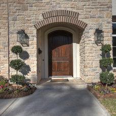 Traditional Entry by Metropolitan Custom Homes