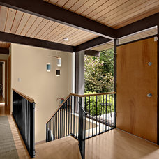 midcentury entry by Ryan Rhodes Designs, Inc.
