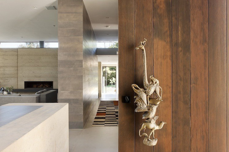 Contemporary Entry by Robson Rak Architects Pty Ltd