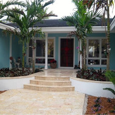 Tropical Entry by Cortada Landscape Design