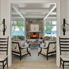 Beach Style Entry by jamesthomas, LLC