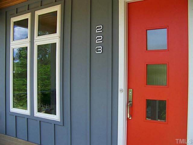 Front and Center Color: When to Paint Your Door Bright Red