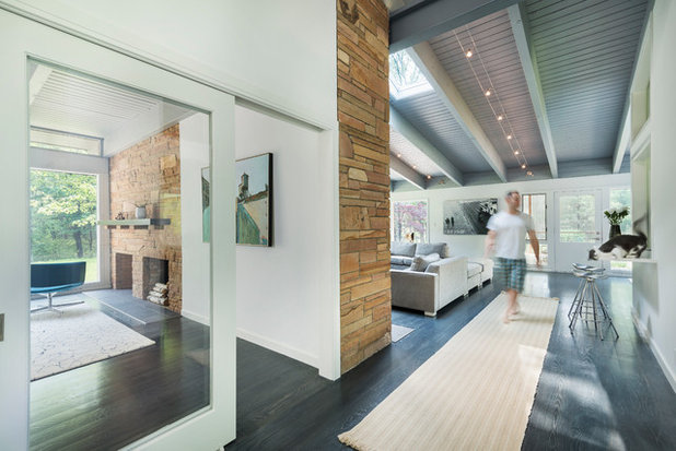 Midcentury Entry by Flavin Architects