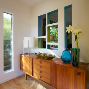 Mid-century style entry