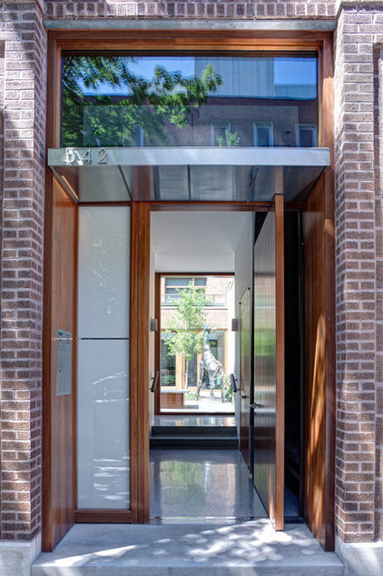 industrial entry by Vinci | Hamp Architects
