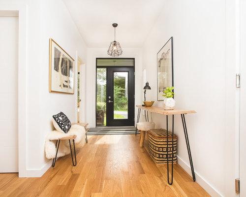 entr e scandinave avec une porte en verre photos et id es d co d 39 entr es de maison ou d. Black Bedroom Furniture Sets. Home Design Ideas