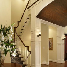 Traditional Entry by neapolis design