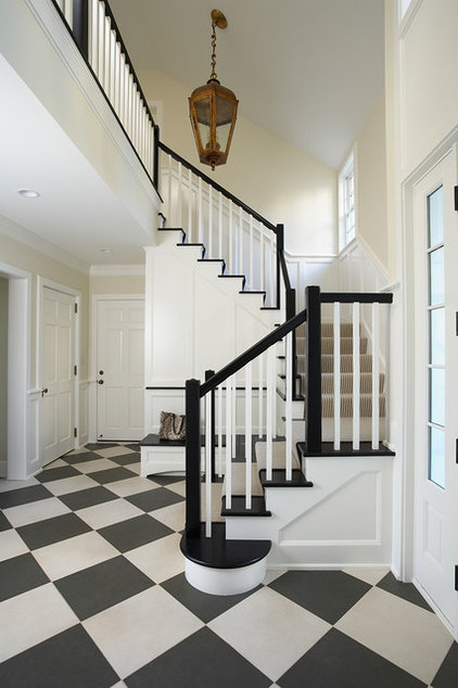 Traditional Entry by COOK ARCHITECTURAL Design Studio