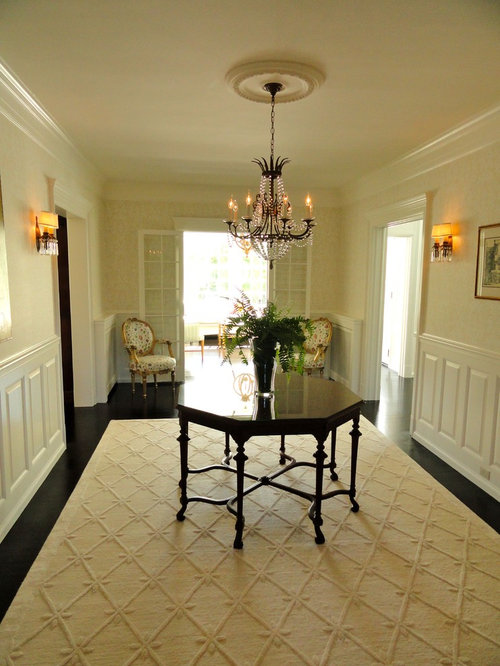 Large foyer home design ideas pictures remodel and decor for Traditional foyer decorating ideas