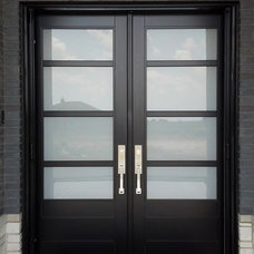 Modern Entry by Retractable Screens, LLC