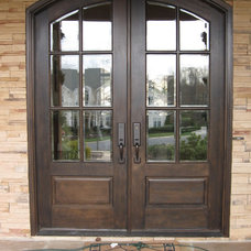 Traditional Entry by McSpadden Custom Homes