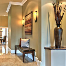 Contemporary Entry by Positive Space Staging + Design, Inc.