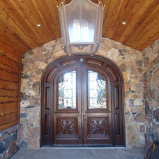 Traditional Entry by New Star General Contractors