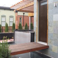 Modern Entry by Dave Johnson, Landscape Architect, LLC