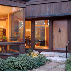 Modern Entry by Bamesberger Architecture