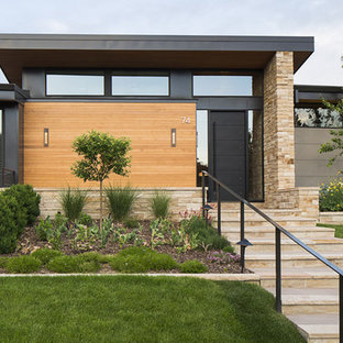 Modern Golf Course Home
