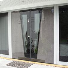 Modern Entry by Bella Porta