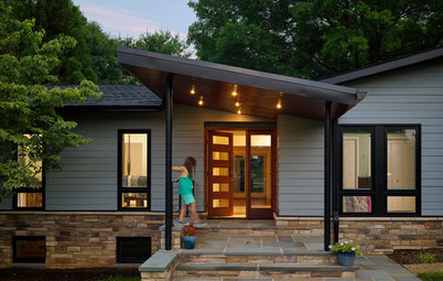 Entry Recipe: New Focal Point for a 1970s Ranch House