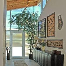 Modern Entry by Steigerwald-Dougherty, Inc.