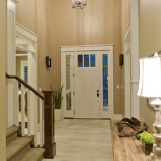 Craftsman Entry by Candlelight Homes