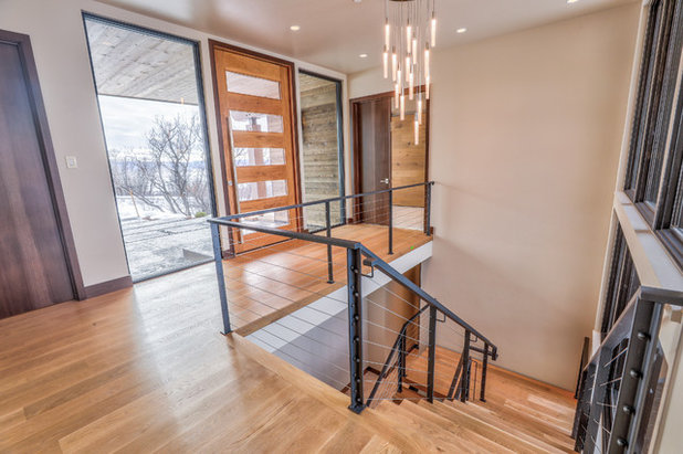 Contemporary Entry by Rumor Design + reDesign
