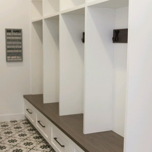 Morrow Residence Mudroom   Urban Vision Woodworks