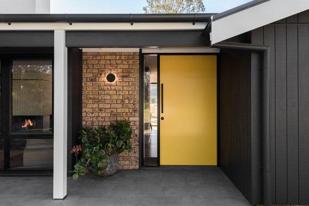 Midcentury Entry by Benedict Design