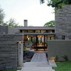 contemporary entry by McKinney York Architects