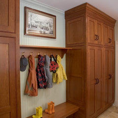 traditional laundry room by Dennison and Dampier Interior Design