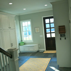 traditional entry mudroom (2nd laundry room)