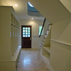 Traditional Entry by Scott Design, Inc.