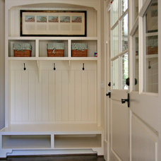 traditional entry by Dresser Homes