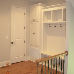 entry by Grainda Builders, Inc.