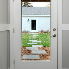 Modern Entry by the gudhouse company